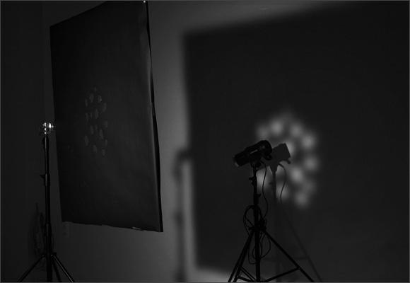 Маска в студии, студийное оборудование