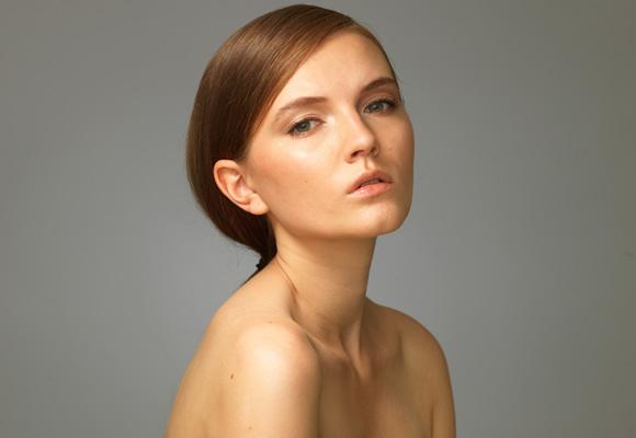 Студийный портрет модели жестким светом, схема, фото, студия, урок