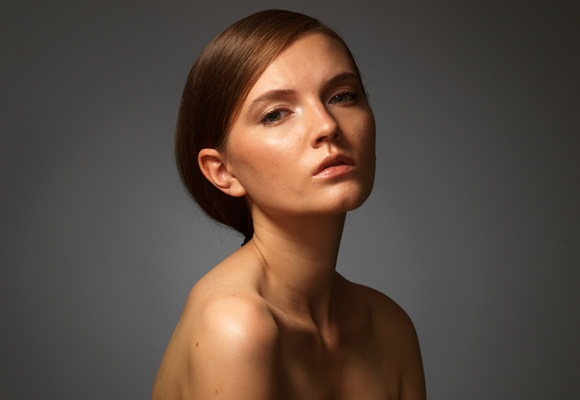 Студийный портрет модели жестким светом, схема, студия, урок